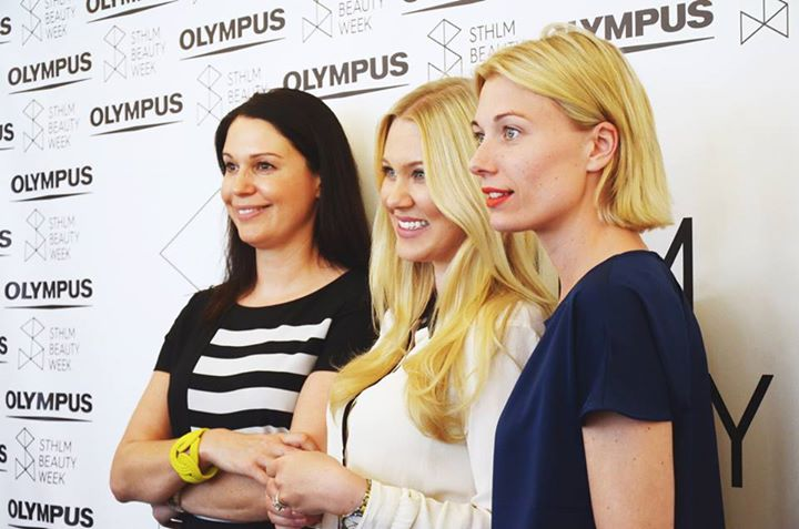 "Pingis Hadenius, Isabella Löwengrip ""Blondinbella"" och Madeleine Lithander, Stockholm Beauty Week"